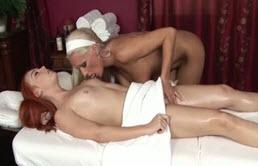 Masturbare cu lesbiene la masaj