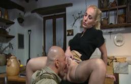 Monica Preziosi si soldatul partea 1