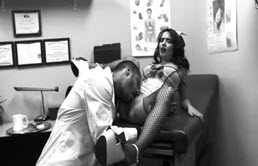 Asistenta muita si fututa de doctor