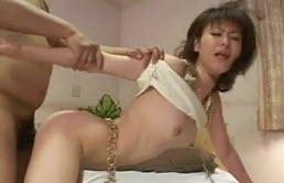 Sex nebun cu o japoneza in calduri